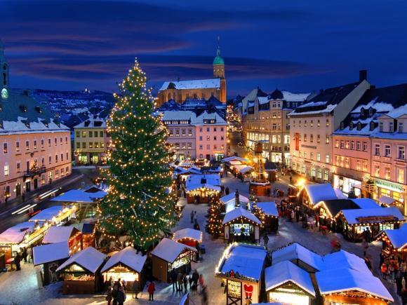 christmas-market-annaberg-buchholz-germany_1920x1440.jpg