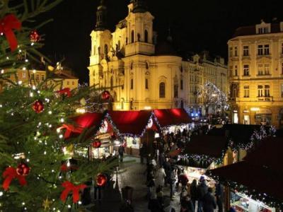 Главная ярмарка на Староместкой площади Прага