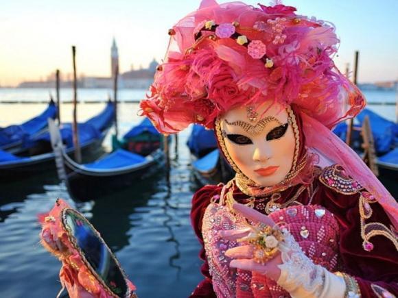 venetsianskij-karnaval_glav2.jpg