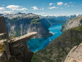 view-of-trolltunga-and-ringedalsvatnet.jpg